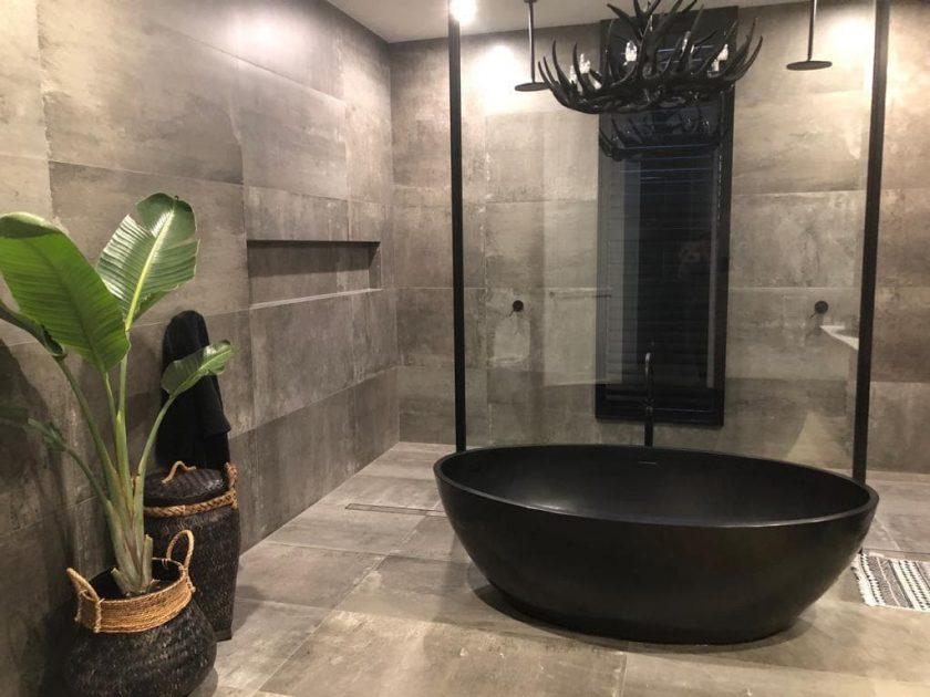 Pietra Bianca Coco Freestanding Bathtub Product Image 1